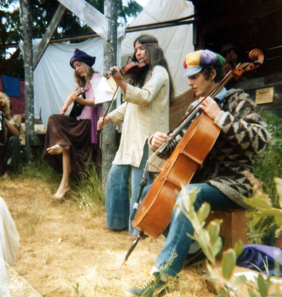 image of Jan Luby, Frances & Tim at Oregon Country Fair, July 1997